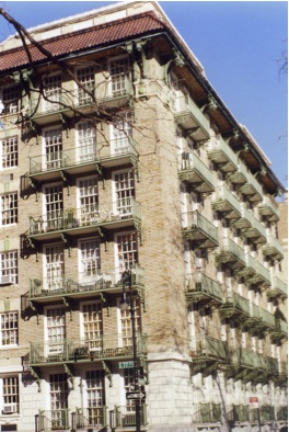 The Cherokee Is A Cooperative Apartment Building In Upper East Side New York It Located Between 77th And 78th Streets